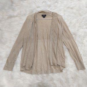 LIZ CLAIBORNE CAREER cream buttonless cardigan